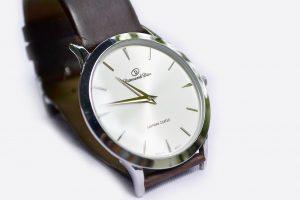 wrist-watch-183143_1280