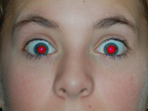 Bold-Red Eye Remover